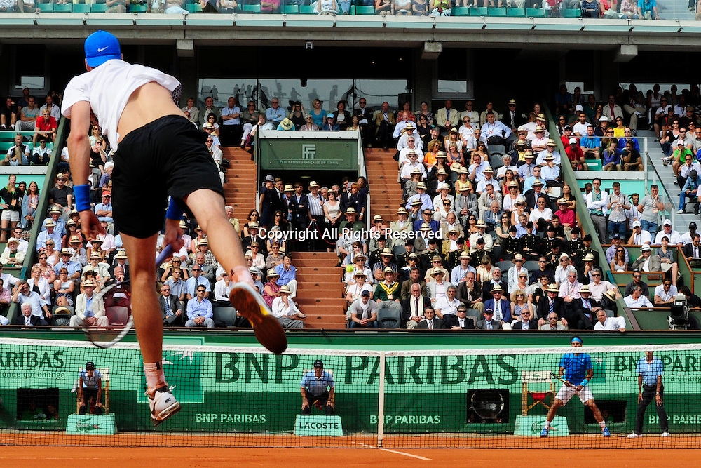 24.05.2011 French Open Tennis from Roland Garros Paris. View from the pits in the match between Rafael Nadal of Spain and John Isner of the USA on day three of the French Open tennis championships.