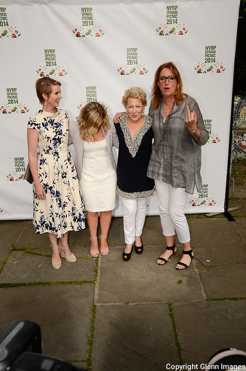 05/29/14 New York City ,  / Cynthia Nixon, Amy Poehler, Bette Midler, Judy Gold at Bette Midler's NYRP 13th Annual Spring Picnic /