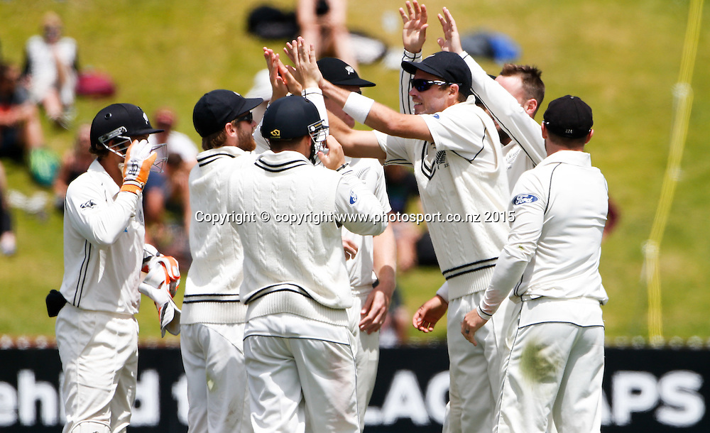 New Zealand celebrate a wicket. Fifth day, second test, ANZ Cricket Test series, New Zealand Black Caps v Sri Lanka, 07 January 2015, Basin Reserve, Wellington, New Zealand. Photo: John Cowpland / www.photosport.co.nz