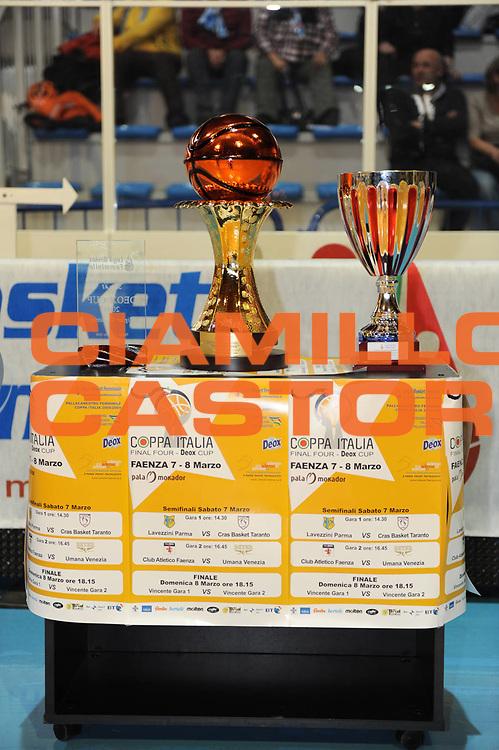 DESCRIZIONE : Faenza Lega A1 Femminile 2008-09 Coppa Italia Finale Lavezzini Parma Club Atletico Faenza<br /> GIOCATORE : Coppe<br /> SQUADRA : <br /> EVENTO : Campionato Lega A1 Femminile 2008-2009 <br /> GARA : Lavezzini Parma Club Atletico Faenza<br /> DATA : 08/03/2009 <br /> CATEGORIA : <br /> SPORT : Pallacanestro <br /> AUTORE : Agenzia Ciamillo-Castoria/M.Marchi