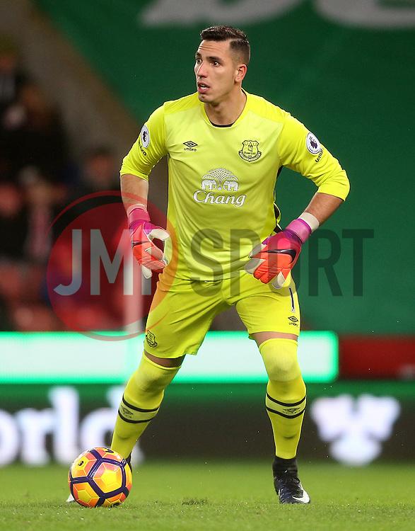Joel Robles of Everton - Mandatory by-line: Matt McNulty/JMP - 01/02/2017 - FOOTBALL - Bet365 Stadium - Stoke-on-Trent, England - Stoke City v Everton - Premier League