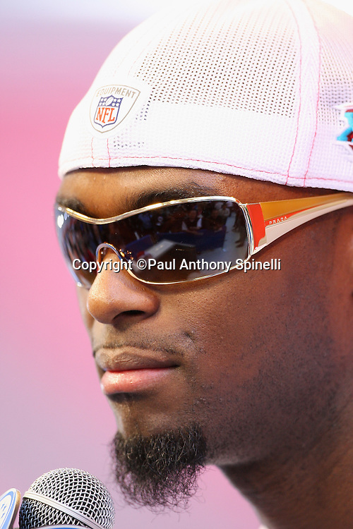 GLENDALE, AZ - JANUARY 29: Wide receiver Plaxico Burress #17 of the New York Giants speaks to the media at the Giants Super Bowl XLII Media Day at University of Phoenix Stadium on January 29, 2008 in Glendale, Arizona.©Paul Anthony Spinelli *** Local Caption *** Plaxico Burress