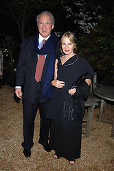 SIR MARK & LADY WEINBERG she is designer Anouska Hempel at the annual Cartier Chelsea Flower Show dinner held at the Chelsea Physic Garden, London on 21st May 2007.<br />