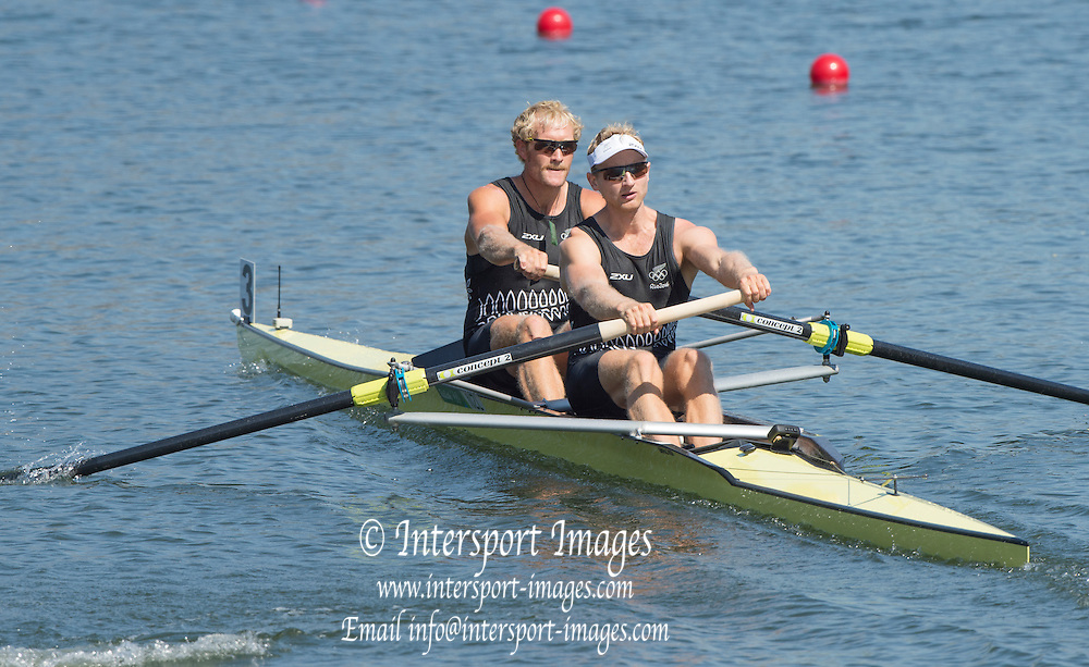 Rio de Janeiro. BRAZIL.  NZL M2-. BOW ERIC MURRAY AND HAMISH BOND,  2016 Olympic Rowing Regatta. Lagoa Stadium,<br /> Copacabana,  &ldquo;Olympic Summer Games&rdquo;<br /> Rodrigo de Freitas Lagoon, Lagoa. Saturday  06/08/2016 <br /> <br /> [Mandatory Credit; Peter SPURRIER/Intersport Images]