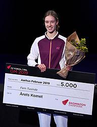 DK:<br /> 20190209, &Aring;rhus, Danmark:<br /> Badminton Danmark FZ Forza/RSL DM 2019. Prisoverr&aelig;kkelse. &Aring;rets Komet 2018. Line Christophersen<br /> Foto: Lars M&oslash;ller<br /> UK: <br /> 20190209, Aarhus, Denmark:<br /> Badminton Danmark FZ Forza/RSL DM 2019. Prisoverr&aelig;kkelse. &Aring;rets Komet 2018. Line Christophersen<br /> Photo: Lars Moeller