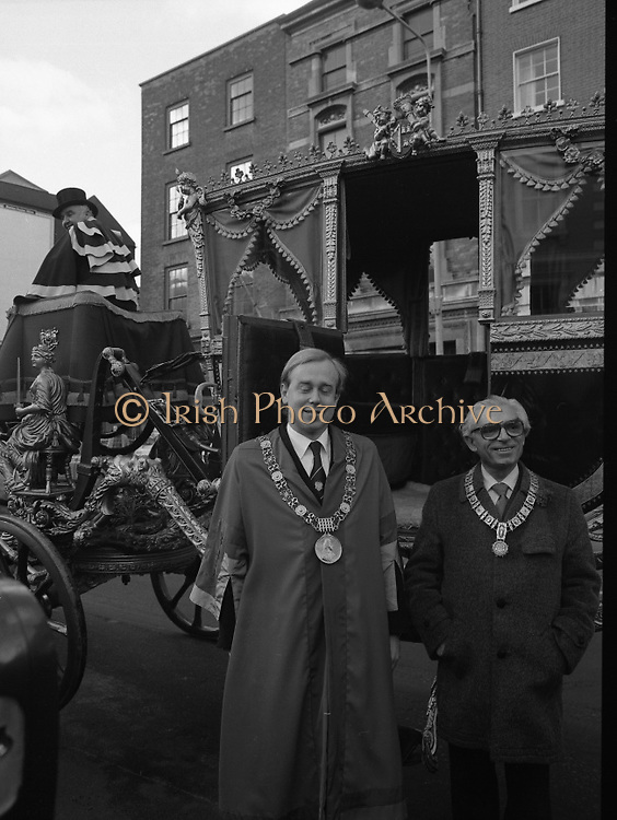 St Patrick's Day Parade.1982.17/03/1982.03.17.1982.17th March 1982..Picture of Dublin's Lord Mayor, Ald.,Alexis Fitzgerald and the Burgomaster of Amsterdam (right) Mr Willem Polak as they get ready to depart for the viewing stand in O'Connell St.