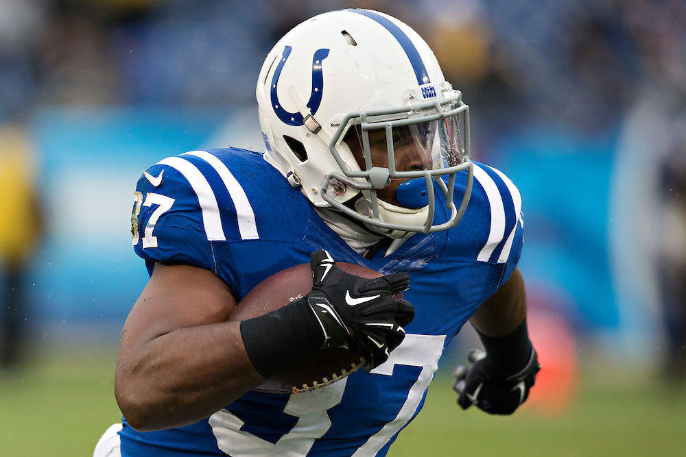 NASHVILLE, TN - DECEMBER 28:  Zurlon Tipton #37 of the Indianapolis Colts runs the ball during a game against the Tennessee Titans at LP Field on December 28, 2014 in Nashville, Tennessee.  The Colts defeated the Titans 27-10.  (Photo by Wesley Hitt/Getty Images) *** Local Caption *** Zurlon Tipton