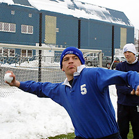 St Johnstone players Jim Weir and Nathan Lowndes having fun with the snow during training this morning.<br />