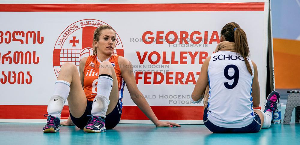 01-10-2017 AZE: Final CEV European Volleyball Nederland - Servie, Baku<br /> Nederland verliest opnieuw de finale op een EK. Servi&euml; was met 3-1 te sterk / Maret Balkestein-Grothues #6 of Netherlands