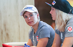 23.06.2017, Hotel Forsthofgut, Leogang, AUT, OeSV, Schwimmtraining Damen Speed Team, im Bild Nicole Schmidhofer (AUT), Cornelia Hütter (AUT) // during a swimmtraining of the Austrian Ladies Speed Team at the Hotel Forsthofgut, Leogang, Austria on 2017/06/23. EXPA Pictures © 2017, PhotoCredit: EXPA/ JFK