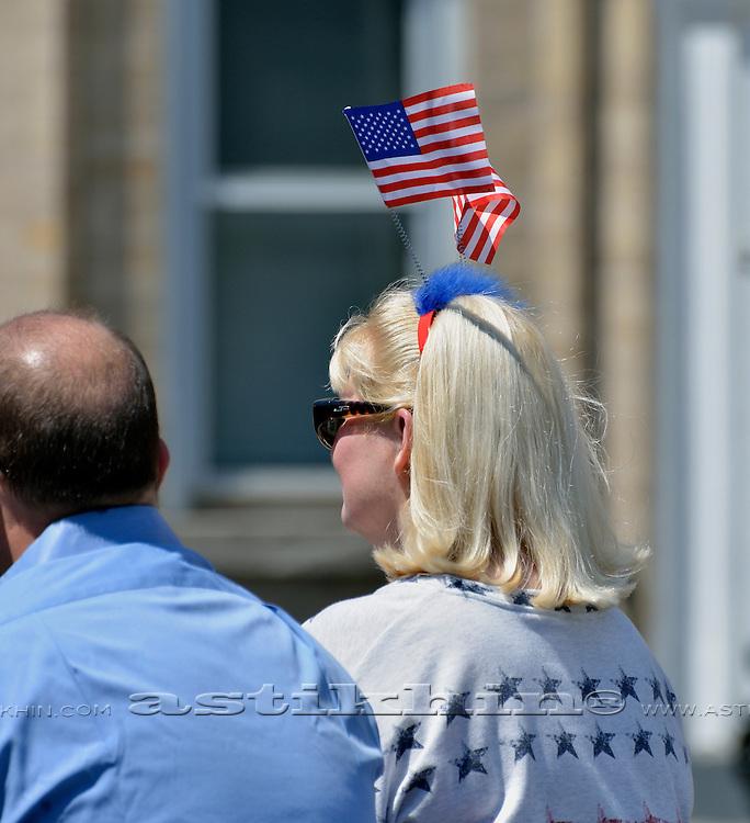 Patriotic american woman.