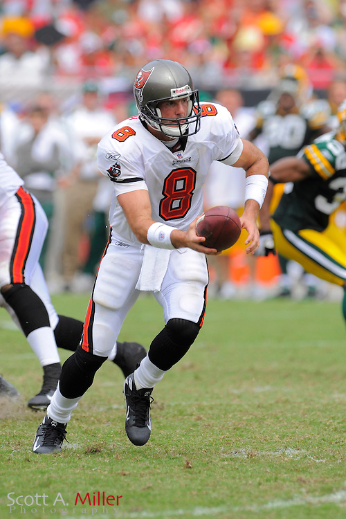 Tampa, Florida, Sept. 28, 2008: Tampa Bay Buccaneers quarterback Brian Griese (8) in action against the Green Bay Packers at Raymond James Stadium....©2008 Scott A. Miller