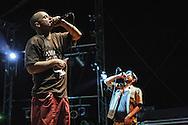 Assalti Frontali in concerto. Cornaredo, Milano, festa di Rifondazione Comunista. 21 luglio 2007.