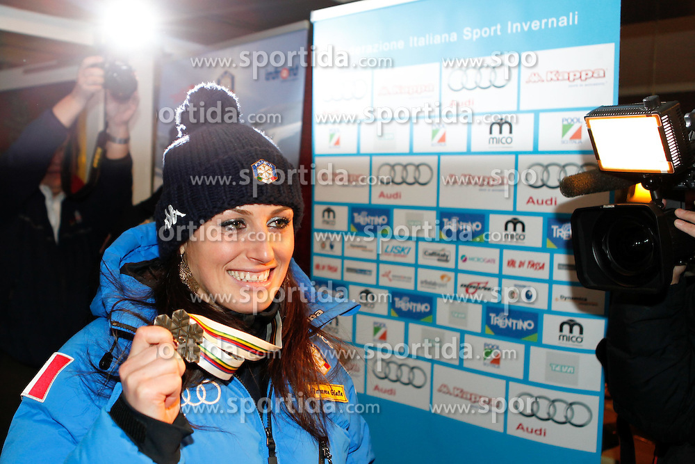 10.02.2013, Chalet Italia - Hotel Pension Wintergarten, AUT, FIS Weltmeisterschaften Ski Alpin, Schladming, im Bild Silbermedailllen Gewinnerin Nadia Fanchini (ITA) // Nadia Fanchini of Italy poses with her Silver Medal during FIS Ski World Championships 2013 at the Chalet Italia - Hotel Pension Wintergarten, Schladming, Austria on 2013/02/10. EXPA Pictures © 2013, PhotoCredit: EXPA/ Martin Huber.