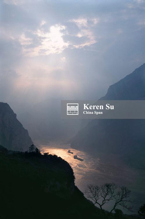 Landscape of Xiling Gorge under sunset, Three Gorges, Yangtze River, China