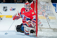 KELOWNA, CANADA -JANUARY 29: Eric Williams G #35 of the Spokane Chiefs defends the net against the Kelowna Rockets on January 29, 2014 at Prospera Place in Kelowna, British Columbia, Canada.   (Photo by Marissa Baecker/Getty Images)  *** Local Caption *** Eric Williams;