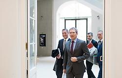 """07.03.2019, Finanzministerium, Wien, AUT, Bundesregierung, Pressekonferenz zum Thema """"Betrugsbekämpfung"""", im Bild v.l.n.r. Generalsekretär im Justizministerium Christian Pilnacek, Finanzminister Hartwig Löger (ÖVP), Präsident der Finanzprokuratur Wolfgang Peschorn und Eduard Müller (Sektion I - Finanzverwaltung, Management und Services) // during a media conference due to combating of fraud at finance ministry in Vienna, Austria on 2019/03/07, EXPA Pictures © 2019, PhotoCredit: EXPA/ Michael Gruber"""