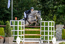 Tejada Berioz Alex, Lieveling Especiale<br /> Nationaal Kampioenschap KWPN<br /> 4 jarigen springen final<br /> Stal Tops - Valkenswaard 2020<br /> © Hippo Foto - Dirk Caremans<br /> 19/08/2020