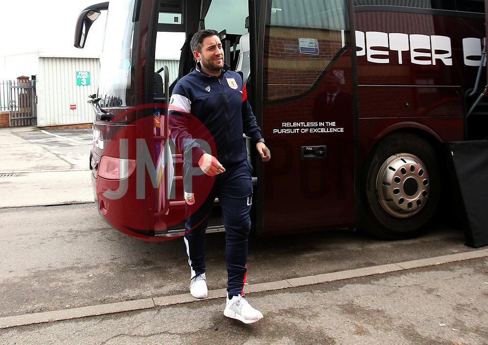 Bristol City head coach Lee Johnson - Mandatory by-line: Robbie Stephenson/JMP - 30/03/2018 - FOOTBALL - Oakwell Stadium - Barnsley, England - Barnsley v Bristol City - Sky Bet Championship