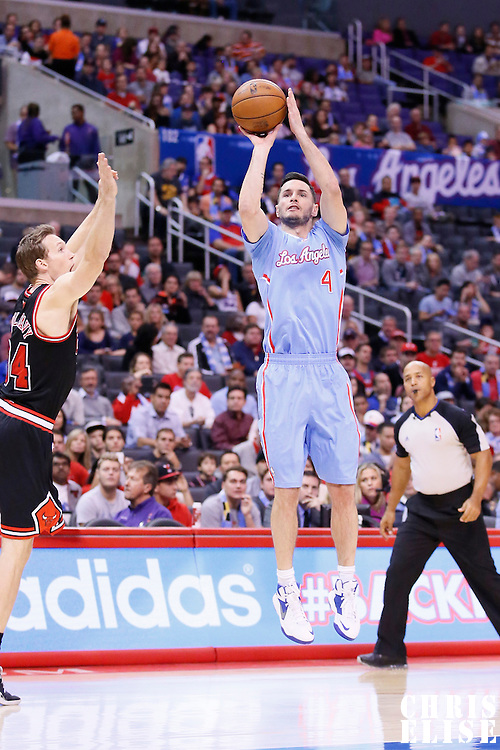 24 November 2013: Los Angeles Clippers shooting guard J.J. Redick (4) takes a jumpshot during the Los Angeles Clippers 121-82 victory over the Chicago Bulls at the Staples Center, Los Angeles, California, USA.