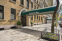 Entrance at 315 West 86th St