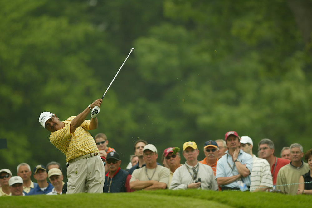 Eduardo Romero..2003 U.S. Open..Second Round..Olympia Fields CC..Chicago, IL..Friday June 13 2003..photograph by Darren Carroll