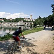 La centrale idroelettrica Taccani a Trezzo vista dalla pista ciclabile...Hydroelectric plants Taccani in Trezzo, view from bicycle path along Adda river.