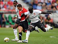 Fotball<br /> Tyskland<br /> Foto: Witters/Digitalsport<br /> NORWAY ONLY<br /> <br /> 29.07.2009<br /> <br /> v.l. Denilson, Valdet Rama H96, Bacary Sagna<br /> <br /> Testspiel Hannover 96 - Arsenal London 0:1
