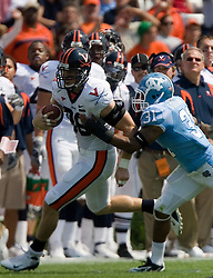 Virginia tight end Tom Santi (86) rushes up field after a pass reception.  The North Carolina Tar Heels football team faced the Virginia Cavaliers at Kenan Memorial Stadium in Chapel Hill, NC on September 15, 2007.  UVA defeated UNC 22-20.