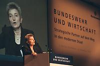 """13 DEZ 2000, BERLIN/GERMANY:<br /> Annette Fugmann-Heesing, Geschaeftsfuehrerin der Gesellschaft für Entwicklung, Beschaffung und Betrieb, GEBB, haelt eine rede, anlaesslich der 2. Konferenz """"Kooperation Bundeswehr und Wirtschaft"""" zum Rahmenvertrag """"Innovation, Investition und Wirtschaftlichkeit in der Bundeswehr"""", Hotel Interconti<br /> IMAGE: 20001213-02/02-13"""