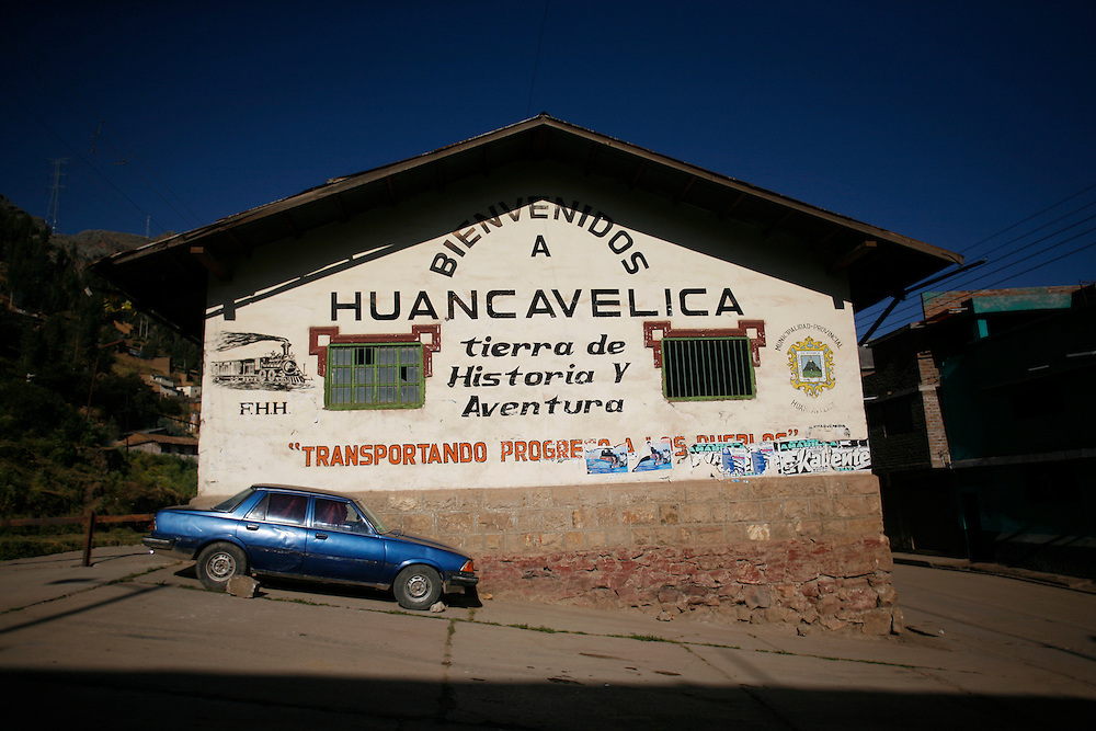 Street view of Huancavelica, Peru (lat -12.7667°, long -74.9833.°, Alt. 13,060 Ft.), located in the middle of the Cordillera de los Andes and isolated from the others towns because of its height, Thursday, May 15, 2008.