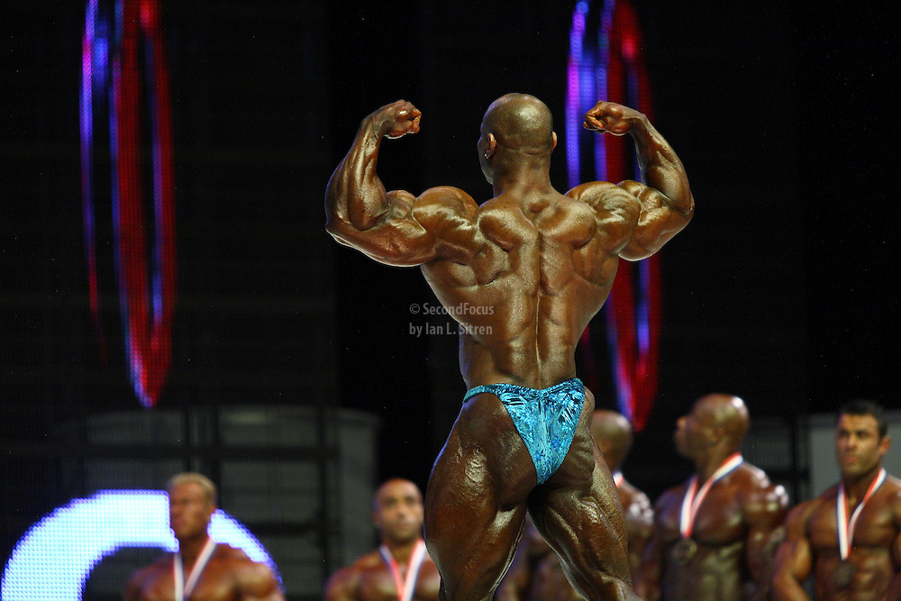 Dexter Jackson on stage at the finals for the 2009 Mr. Olympia competition in Las Vegas.