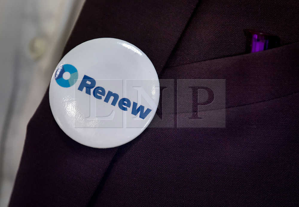 © Licensed to London News Pictures. 19/02/2018. London, UK. A badge worn at the launch event for Renew, a new anti-Brexit political party, at the Queen Elizabeth II Conference Centre in London. The Renew party, which is taking advice from representatives of Emmanuel Macron's En Marche, has recruited some 220 candidates to stand in local and national elections. Photo credit: Ben Cawthra/LNP