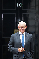 © Licensed to London News Pictures. 26/09/2017. London, UK. United States Ambassador to the United Kingdom Woody Johnson arrives in Downing Street. Later today, President of the European Council Donald Tusk is due to meet British Prime Minister Theresa May in Downing Street. Photo credit : Tom Nicholson/LNP