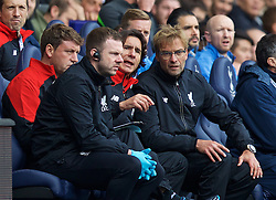 LONDON, ENGLAND - Saturday, October 17, 2015: Liverpool's manager Jürgen Klopp and assistant manager Zeljko Buvac during the Premier League match against Tottenham Hotspur at White Hart Lane. (Pic by David Rawcliffe/Kloppaganda)