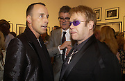 David Furnish, Jay Jopling and Sir Elton John, photo-london at the Royal Academy, 19 May 2004. ONE TIME USE ONLY - DO NOT ARCHIVE  © Copyright Photograph by Dafydd Jones 66 Stockwell Park Rd. London SW9 0DA Tel 020 7733 0108 www.dafjones.com