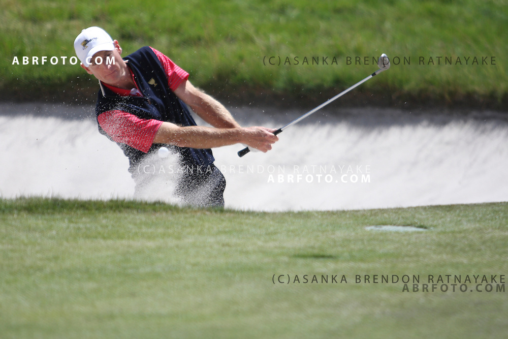 20 November 2011 : Jim Furyk chips out of the bunker during the fifth-round Sunday Final round single ball matches at the Presidents Cup at the Royal Melbourne Golf Club in Melbourne, Australia. .