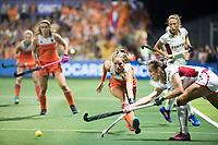 AMSTELVEEN -  Kitty van Male (Ned) tijdens de damesfinale Nederland-Belgie bij de Rabo EuroHockey Championships 2017. COPYRIGHT KOEN SUYK
