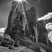 Also called the Drei Zinnen in German, are three distinctive peaks in the Sexten Dolomites of northeastern Italy. They are probably one of the best-known mountain groups in the Alps