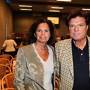 NLD/Almere/20120411 - Persviewing Buch in de Bajes, Menno Buch en partner Nicole