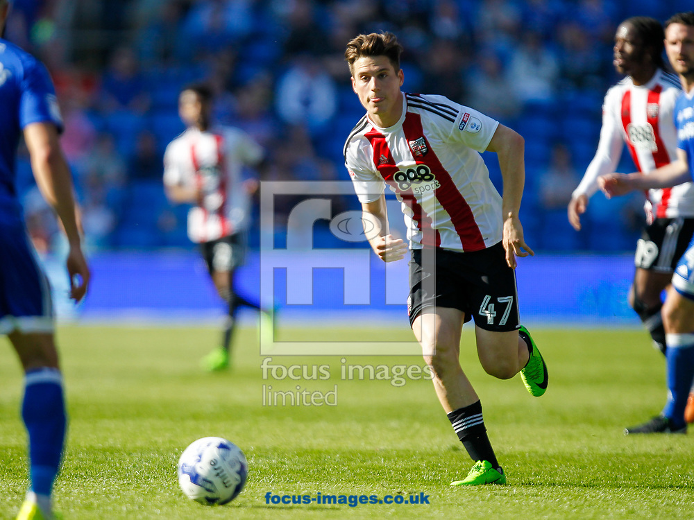 Sergi Can&oacute;s of Brentford during the Sky Bet Championship match between Cardiff City and Brentford at the Cardiff City Stadium, Cardiff<br /> Picture by Mark D Fuller/Focus Images Ltd +44 7774 216216<br /> 08/04/2017