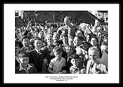Christy Ring, ansett som verdens beste hurlingspiller, blir bært på skuldrene etter de vant kampen.mot Galway i All-Ireland Senior Hurling Championship 1953.