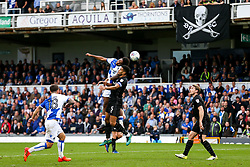 Ellis Harrison of Bristol Rovers is challenged by Curtis Nelson of Oxford United - Rogan/JMP - 14/10/2017 - FOOTBALL - Memorial Stadium - Bristol, England - Bristol Rovers v Oxford United - EFL Sky Bet League One.