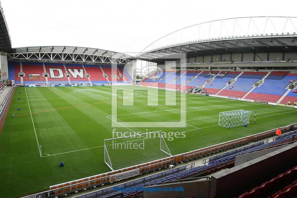 Picture by Paul Chesterton/Focus Images Ltd.  07904 640267.13/8/11.A gneral view of the DW Stadium, Wigan.