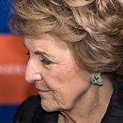 NLD/Amsterdam/20191114 - Prinses Beatrix en Prinses Margriet bij jubileum Dansersfonds,  Prinses Margriet