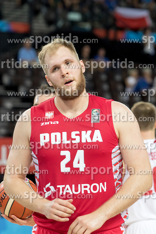 06.09.2015, Park Suites Arena, Montpellier, FRA, Russland vs Polen, Gruppe A, im Bild PRZEMYSLAW KARNOWSKI (24) // during the FIBA Eurobasket 2015, group A match between Russia and Poland at the Park Suites Arena in Montpellier, France on 2015/09/06. EXPA Pictures &copy; 2015, PhotoCredit: EXPA/ Newspix/ Pawel Pietranik<br /> <br /> *****ATTENTION - for AUT, SLO, CRO, SRB, BIH, MAZ, TUR, SUI, SWE only*****