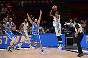 DESCRIZIONE : Milano BEKO Final Eigth  2016<br /> Vanoli Cremona - Dinamo Banco di Sardegna Sassari<br /> GIOCATORE : Tyrus McGee<br /> CATEGORIA :  Tiro Tre Punti Three Point Controcampo<br /> SQUADRA : Vanoli Cremona<br /> EVENTO : BEKO Final Eight 2016<br /> GARA : Vanoli Cremona - Dinamo Banco di Sardegna Sassari<br /> DATA : 19/02/2016<br /> SPORT : Pallacanestro<br /> AUTORE : Agenzia Ciamillo-Castoria/M.Longo<br /> Galleria : Lega Basket A 2016<br /> Fotonotizia : Milano Final Eight  2015-16 Vanoli Cremona - Dinamo Banco di Sardegna Sassari<br /> Predefinita :