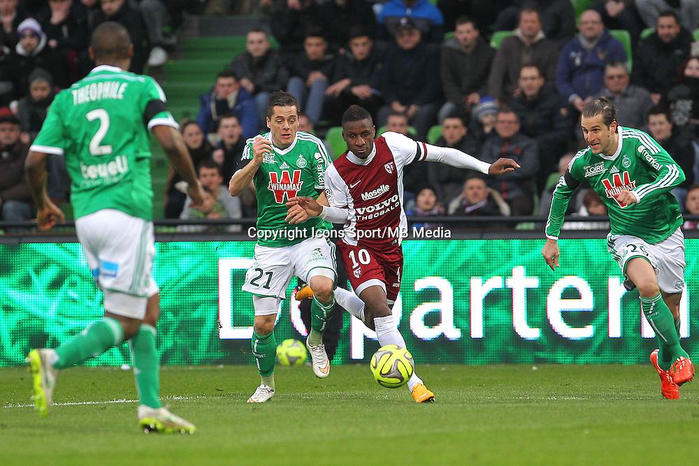 Romain HAMOUMA / Bouna SARR - 14.03.2015 - Metz / Saint Etienne - 29e journee Ligue 1<br /> Photo : Fred Marvaux / Icon Sport