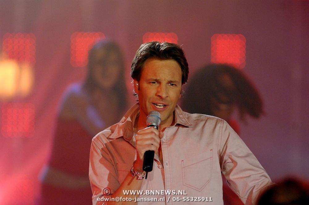NLD/Hilversum/20070316 - 2e Live uitzending SBS So You Wannabe a Popstar, Victor Brand