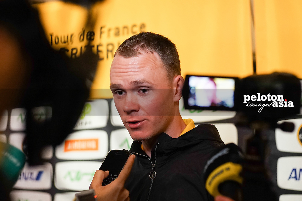 Cycling: 2nd Tour de France Saitama Criterium 2014 / Team Presentation Fumiyuki BEPPU (Jpn)/Dario CATALDO (Ita)/ Michael ROGERS (Aus)Alexander KRISTOFF (Nor)/ Marcel KITTEL (Ger)/ Yukiya ARASHIRO (Jpn)/ Rafal MAJKA (Pol)/ Peter SAGAN (Svk)/ Vincenzo NIBALI (Ita)/ Christopher FROOME (Gbr) / Valerio AGNOLI (Ita) / Hikawa Shinto Saitama Temple Tempel/